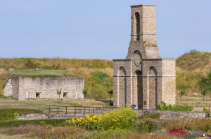 Calais, Chapelle Fort Nieulay et magasin à vivre©Ville de Calais DR